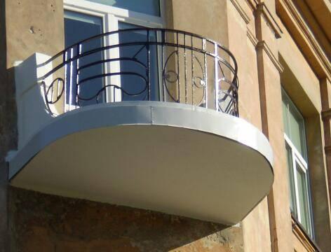 Senu balkonu renovacija