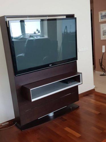 Televizoriaus stovas